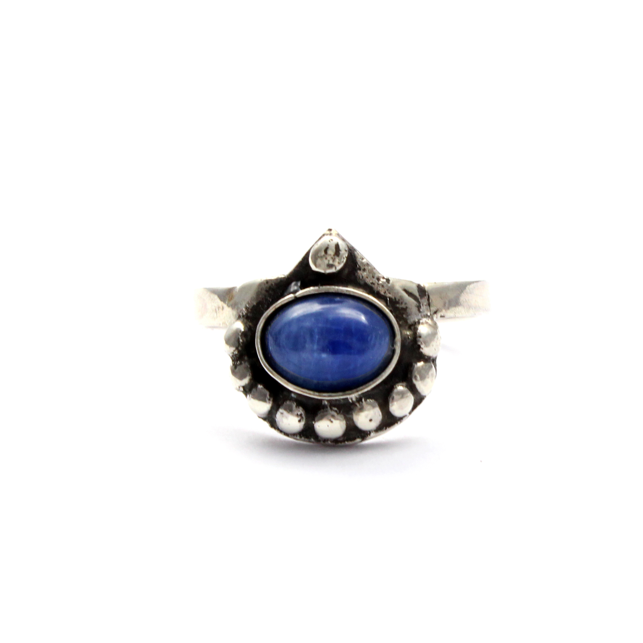 kyanitelogo shop information rings lc meaning education kyanite green jewelry gemstone stone
